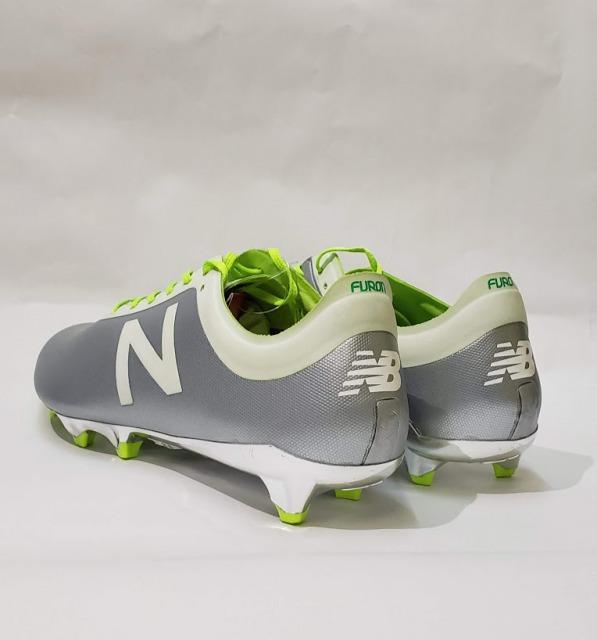 new balance【ニューバランス】のサッカースパイク